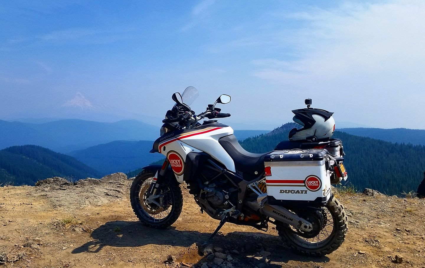 Multistrada 1200 Enduro Lucky Explorer