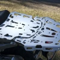 installed-altrider-luggage-rack-system-for-bmw-r-1200-gs-2.jpg