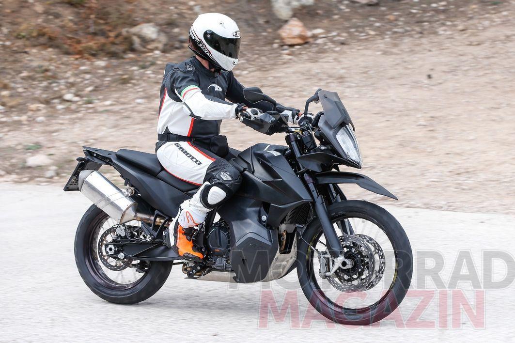 KTM-790-Adventure-005---MMAT.jpg