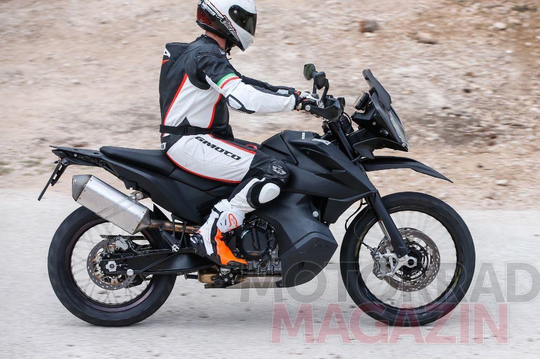 KTM-790-Adventure-006---MMAT.jpg