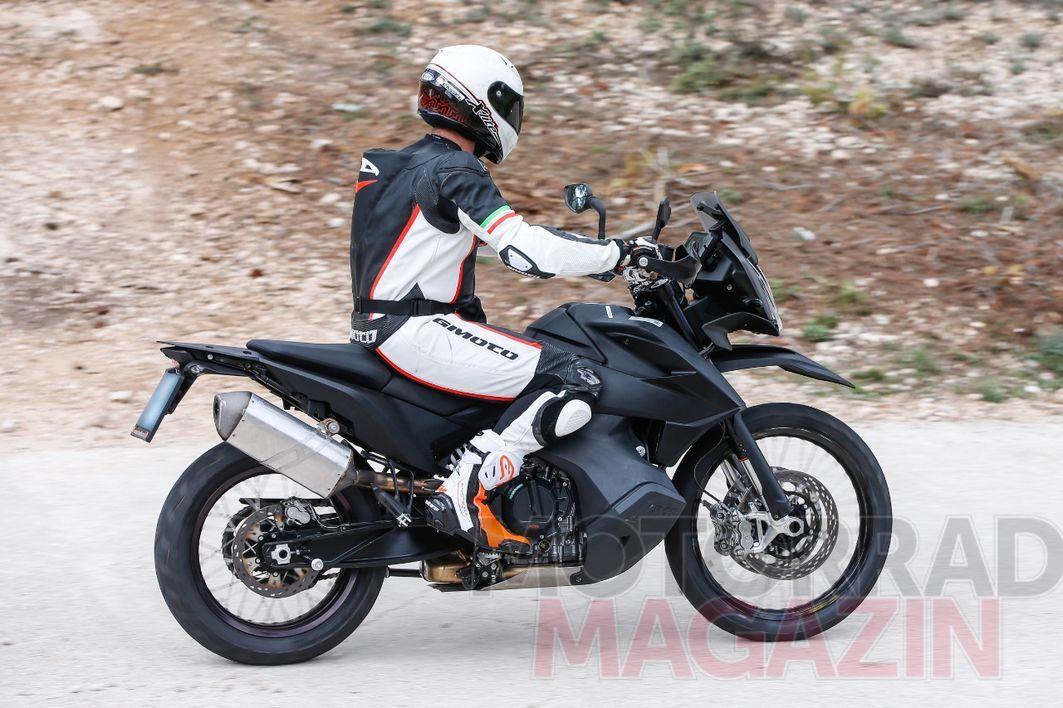 KTM-790-Adventure-007---MMAT.jpg