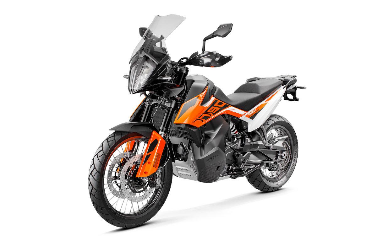 KTM 790 ADVENTURE_Orange MY19_fr-le.jpg
